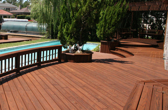 The ultimate guide for how to stain a deck step by step for Cedar decks pros and cons