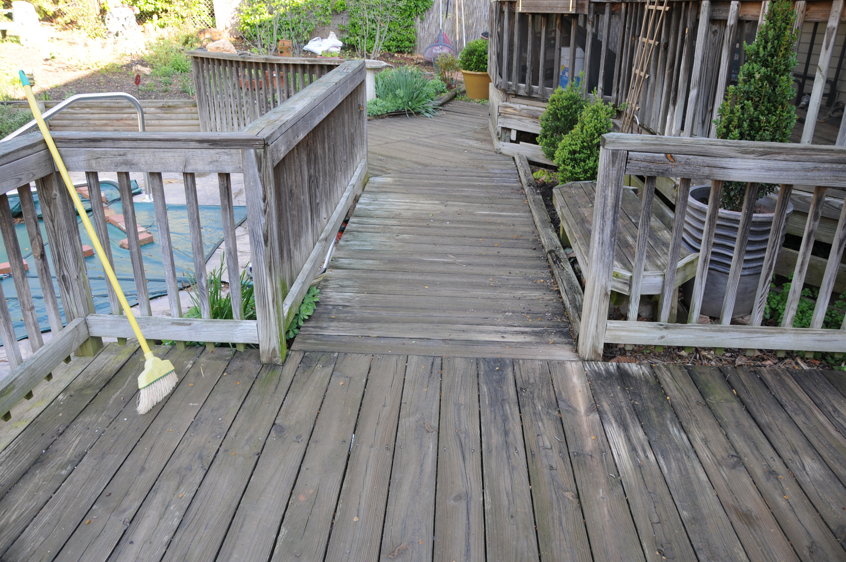 Your Wood Deck Simply Looks Terrible Maybe There Is Ling Paint Or The Dry And Faded In Either Case Restoration Refinishing