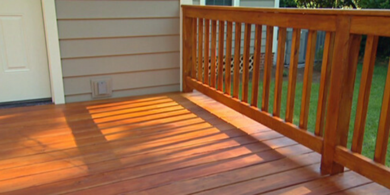 paint-stain-wood-deck-cedar